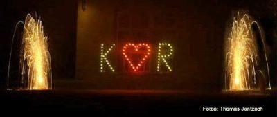 Lichterbild Buchstaben und Herz zum Hochzeitsfeuerwerk von Event Pyrotechnik Kulmbach